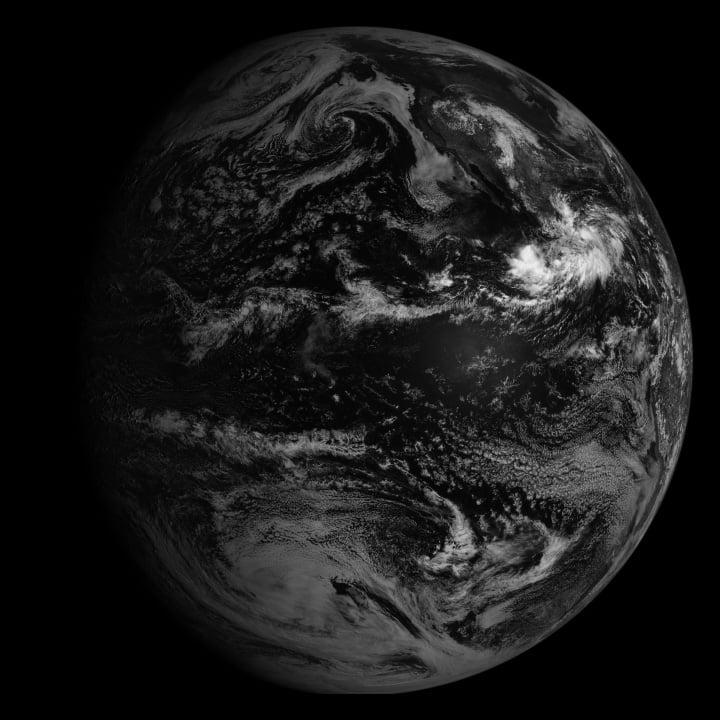 Hình ảnh bản đồ vệ tinh GOES cung cấp hình ảnh đầy đủ về đĩa Trái đất. Hình ảnh cho thấy Bắc và Nam Mỹ ngày 14/9/2013 (Hình ảnh của Văn phòng Khoa học Dự án NASA / NOAA GOES)