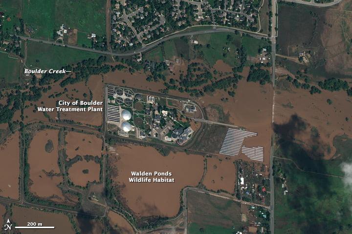 Hình ảnh vệ tinh WorldView-2 hiển thị chi tiết từng đường phố sau trận lũ lụt tháng 9/2013 ở Boulder, Colorado, Mỹ dựa trên dữ liệu © 2013 DigitalGlobe